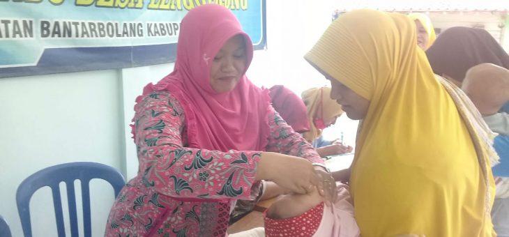 Di Bulan Pebruari, Posyandu  Melati Desa Lenggerong Beri Vitamin A Bagi Balita